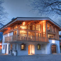 Marithé has stunning views of Mont Blanc and the Aiguilles and is within walking distance to the centre of Chamonix.