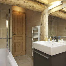 Twelve people can be accommodated in this luxury Chamonix chalet of 6 bedrooms and 6 bathrooms
