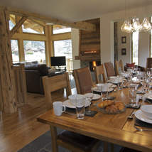 Corporate banquets or family fun - all can be accommodated in this beautiful large chalet walking distance to Chamonix