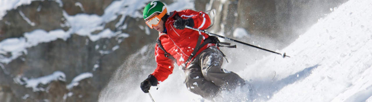 Private guides and instructors can easily be booked by Nomadic Ski